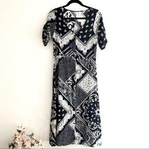 H&M midi bandana print front button closure dress
